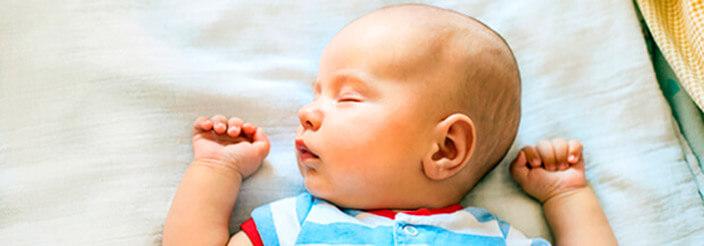 Las fases del sueño de los bebés