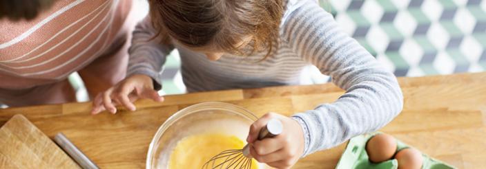Cómo introducir a tu hijo en la cocina