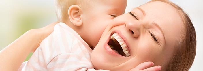 Los primeros besos de los bebés