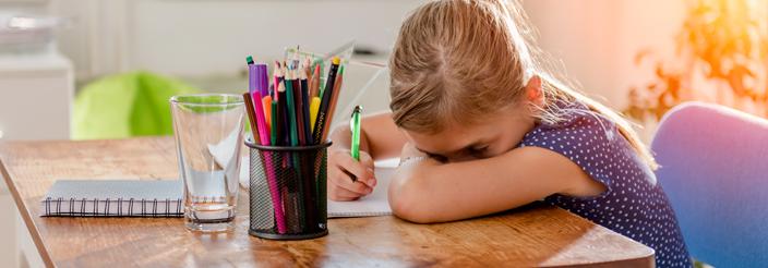 ¿Se deben hacer deberes en verano?