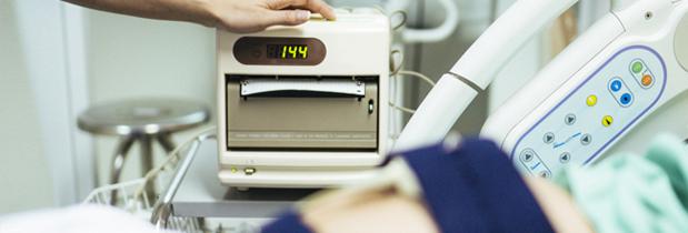 ¿En qué consisten los monitores del final del embarazo?