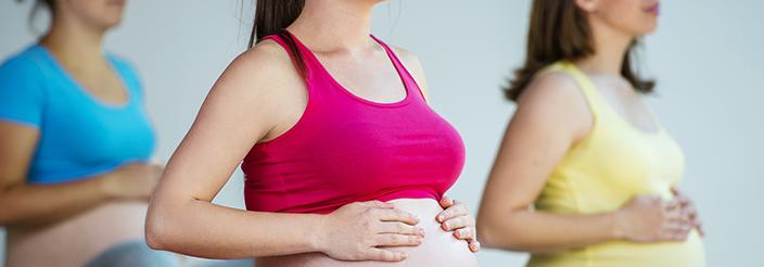 Estos son los beneficios del yoga durante el embarazo